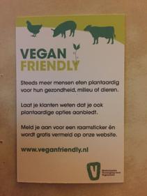 Vegan Friendly raamsticker verkrijgen.