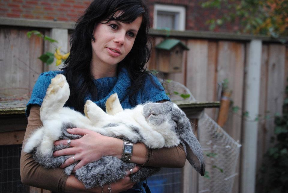 Ilona met konijn